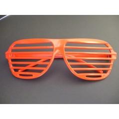 lunette story rouge, lunette striee, lunette pour toutes vos soirées à thèmes