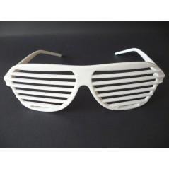lunette story blanchen ou lunette striee, pour vos différentes soiirées, soirée blanche, ou party glass