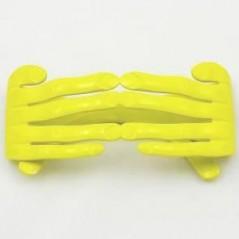 lunette main doigt jaune, lunette original pour vos soirées
