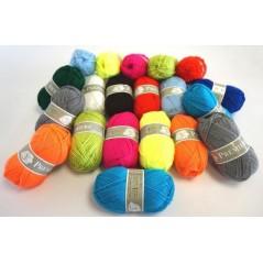Assortiment 1kg de laine (20 pelotes)