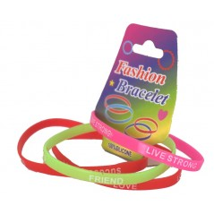 Lot de 4 bracelets silicone porte bonheur